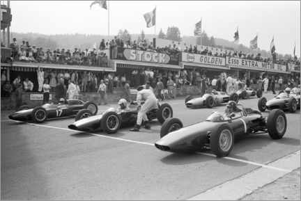 Stampa su vetro acrilico  Graham Hill, Bruce McLaren and Trevor Taylor on the starting grid, 1962