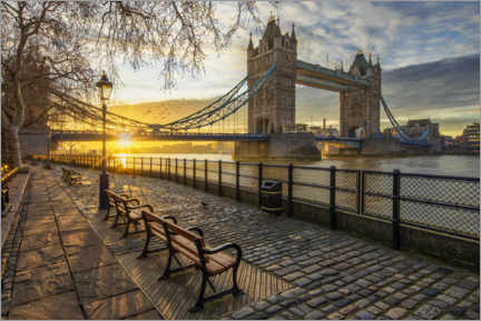 Poster Premium  Tower Bridge di Londra all'alba - Dieter Meyrl