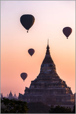 Adesivo murale  Temple at sunrise with balloons flying, Bagan, Myanmar - Matteo Colombo