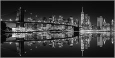 Adesivo murale Mirrored New York Skyline at Night (monochrome)