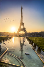 Adesivo murale Romantic sunrise at the Eiffel Tower in Paris, France