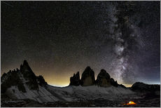 Adesivo murale Lonely Tent under Milky way over Tre cime - Dolomites
