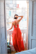 Stampa su plexi-alluminio  Young attractive woman in red dress