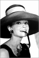 Poster Premium  Audrey Hepburn in abito estivo - Celebrity Collection