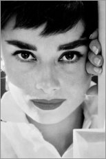 Poster Premium  Primo piano di Audrey Hepburn - Celebrity Collection