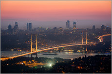 Stampa su plexi-alluminio  Bosporus-Bridge at Night (Istanbul / Turkey) - gn fotografie