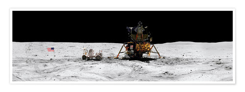 Poster Premium Apollo 16 lands in the lunar highlands
