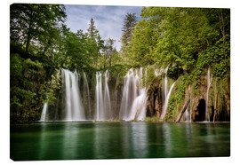 Stampa su tela  Paradise Waterfall in Plitvice - Andreas Wonisch