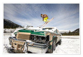 Poster Premium Ski freestyle. Skier jump over vintage car