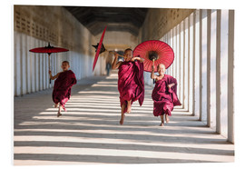 Forex  Young monks running - Matteo Colombo