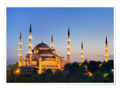 Poster Premium Blue Mosque at twilight