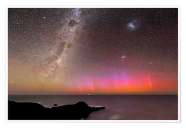 Poster Premium  Aurora australis and Milky Way - Alex Cherney