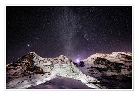 Poster Premium  Eiger, Monch and Jungfrau mountain peaks at night - Peter Wey