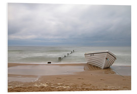 Forex  fishing boat on the Baltic beach - Simone Splinter