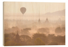 Legno  Balloon above the Bagan temples - Lee Frost