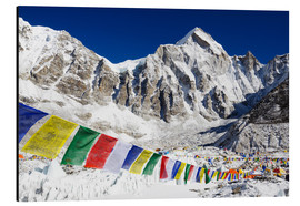 Stampa su alluminio  Prayer flags at the case camp of Mount Everest - Christian Kober