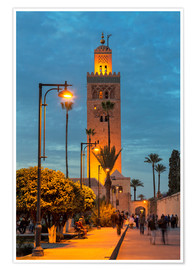 Poster Premium  The Minaret of Koutoubia Mosque illuminated at night, UNESCO World Heritage Site, Marrakech, Morocco - Martin Child