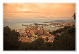 Poster Premium  High angle view of Malaga cityscape with bullring and docks - Ian Egner