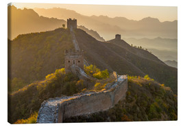 Stampa su tela  Great Wall of China, UNESCO World Heritage Site, dating from the Ming Dynasty, section looking towar - Alan Copson