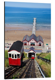 Stampa su alluminio  Cliff Tramway and the Pier at Saltburn by the Sea, Redcar and Cleveland, North Yorkshire, Yorkshire, - Mark Sunderland