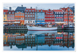 Poster Premium  Nyhavn reflected - Scott McQuaide