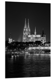 Forex  Cologne Cathedral at night - rclassen