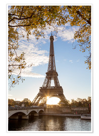 Poster  Jena bridge and Eiffel tower in autumn, Paris, France - Matteo Colombo