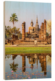 Stampa su legno  Wat Mahathat buddhist temple reflected in pond, Sukhothai, Thailand - Matteo Colombo