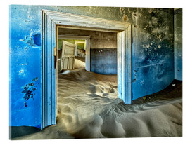 Vetro acrilico  Sand in the premises of an abandoned house - Robert Postma
