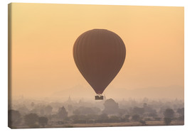 Stampa su tela  Hot air balloon over temples of Bagan, Myanmar