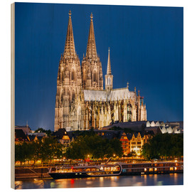 Legno  Night view of Cologne Cathedral