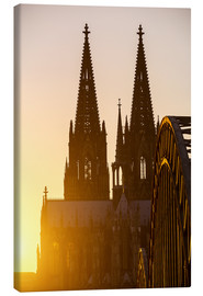 Stampa su tela  Sunset behind the Cologne Cathedral