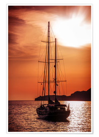 Poster Premium  Old ship sailing to the sunset