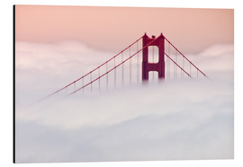 Stampa su alluminio  Golden Gate Bridge in the clouds