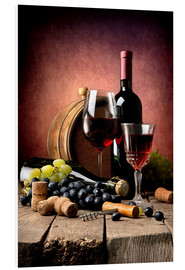 Forex  Red wine with grapes and corks