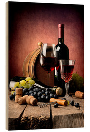 Legno  Red wine with grapes and corks
