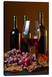 Stampa su tela  red wine with grapes and vine leaves