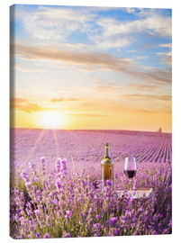 Stampa su tela  Bottle of wine in lavender field