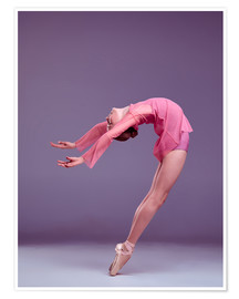 Poster Young ballerina in pink dress