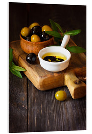 Stampa su schiuma dura  Green and black olives