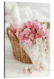 Stampa su alluminio  Pink Pastel Flowers in wicker basket