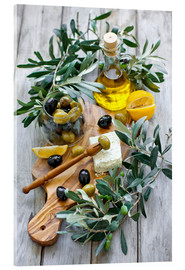 Vetro acrilico  Green and black olives with bottle of olive oil