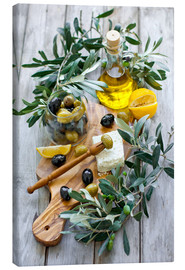 Tela  Green and black olives with bottle of olive oil