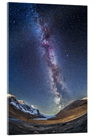 Stampa su vetro acrilico  Milky Way over the Columbia Icefields in Jasper National Park, Canada. - Alan Dyer