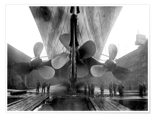 Poster Shipyard workers with the Titanic