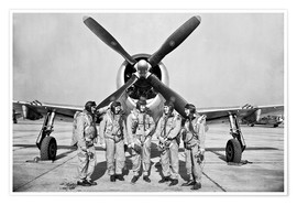 Poster Premium Test pilots stand in front of a P-47 Thunderbolt.