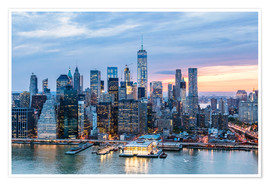 Poster Premium  Freedom tower and lower Manhattan skyline at dusk, New York, USA - Matteo Colombo