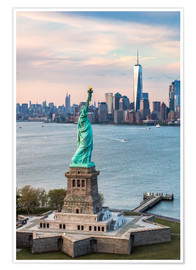 Poster Premium  Statue of Liberty and One World Trade Center - Matteo Colombo