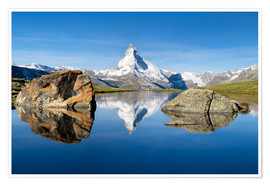 Poster Premium  Stellisee and Matterhorn in the Swiss Alps in summer - Jan Christopher Becke