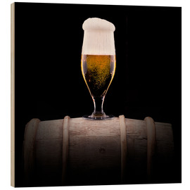 Stampa su legno  Frosty glass of light beer